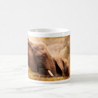 Éléphant d'Amboseli d'impression d'art Mug