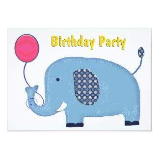 Éléphant de bleus layette avec la fête carton d'invitation  12,7 cm x 17,78 cm
