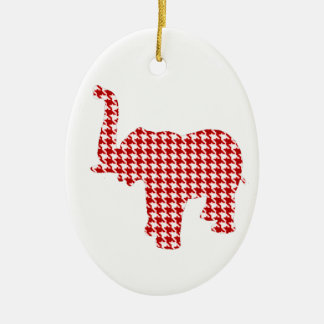 Éléphant rouge de pied-de-poule ornement ovale en céramique