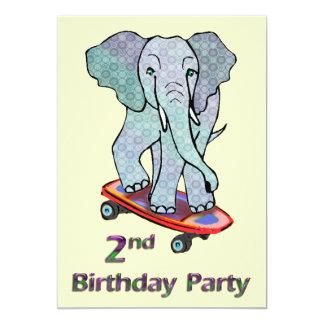 Éléphant sur le 2ème anniversaire de planche à bristol
