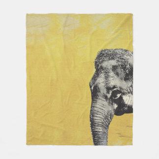Éléphant sur le jaune couverture polaire
