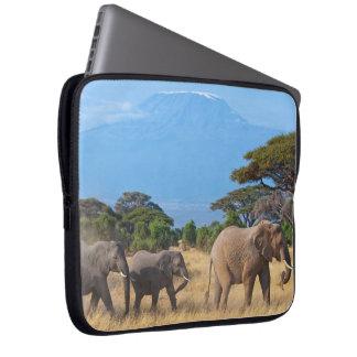 Éléphants du mont Kilimandjaro Protection Pour Ordinateur Portable