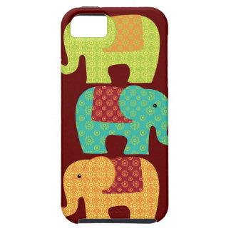 Éléphants ethniques avec des fleurs sur le rouge m coque Case-Mate iPhone 5
