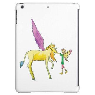 Elf avec un cheval jaune de poney d'Alicorn