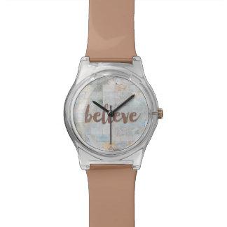 Elle a cru la montre de graffiti montres