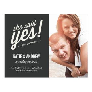 Elle a dit oui ! Sauvez la carte postale de date