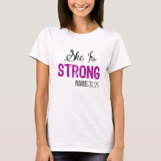 Elle est le T-shirt des femmes chrétiennes