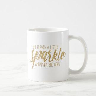 Elle laisse une peu d'étincelle mug