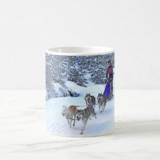 Emballage de chien de traîneau mug