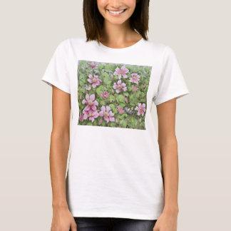 Emboîtement dans la clématite t-shirt