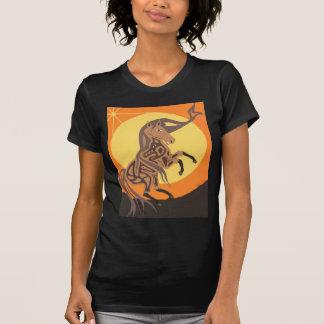 Embrassement de Moon.jpg T-shirt