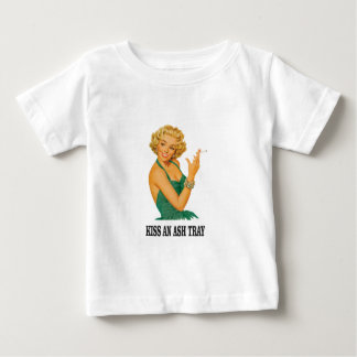 embrassez l'amusement de plateau de cendre t-shirt pour bébé