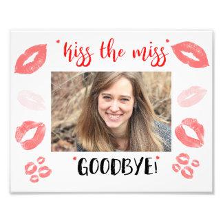 Embrassez le cadre de Mlle Goodbye Bridal Shower Impression Photo