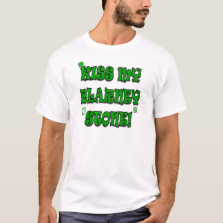 Embrassez ma chemise d'humour d'Irlandais de T-shirt