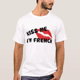 Embrassez-moi que je suis français t-shirt