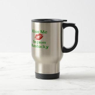Embrassez-moi que je suis le Kentucky Tasse