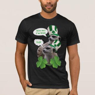Embrassez-moi que je suis une conception t-shirt