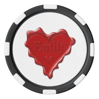 Emily. Joint rouge de cire de coeur avec Emily Rouleau De Jetons De Poker