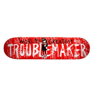 Emily le fauteur de troubles étrange skateboard old school 18,1 cm