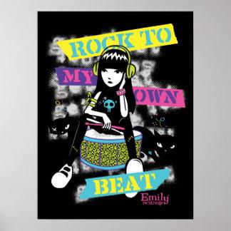 Emily l'étrange : Roche à mes propres battement Posters