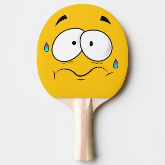 Emoji jaune effrayé raquette tennis de table