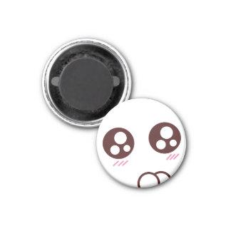 Emoji mignon et minuscule de minou de kawaii aimant