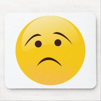 Emoji triste tapis de souris