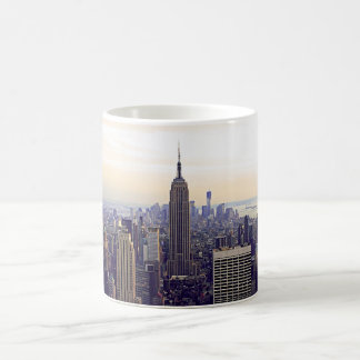 Empire State Building d'horizon de NYC, WTC 4 Mug