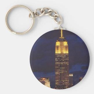 Empire State Building en ciel jaune et Porte-clé Rond