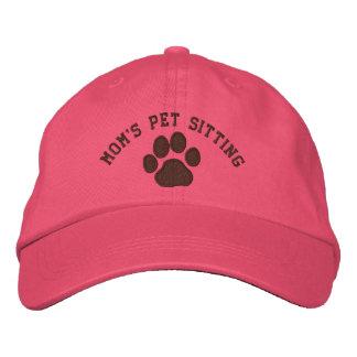 Empreinte de patte de chien avec le texte et les casquette brodée