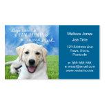 Empreintes de pattes de congé de chiens sur votre  carte de visite