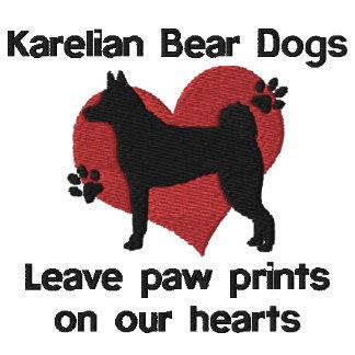 Empreintes de pattes karéliens de congé de chiens