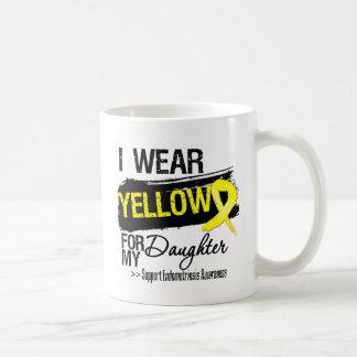 Endométriose jaune de ruban de fille mug blanc