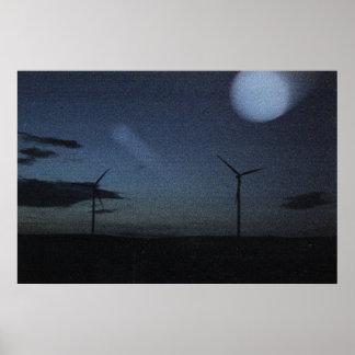 Énergie éolienne dans le clair de lune posters