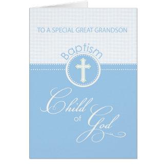 Enfant de bleu de félicitations de baptême carte de vœux