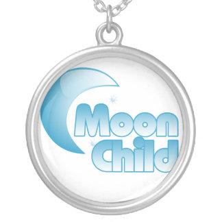 Enfant de lune pendentif rond