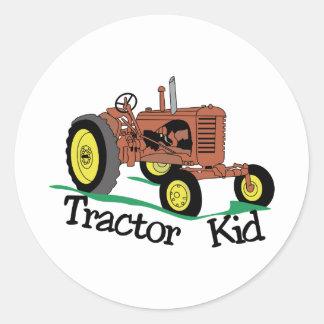 Enfant de tracteur sticker rond