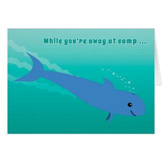Enfants au piqué de marsouin ou de dauphin de camp carte de vœux