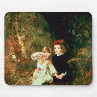 Enfants dans le bois tapis de souris