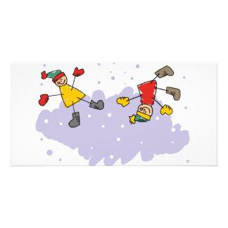 Enfants jouant dans la neige cartes avec photo