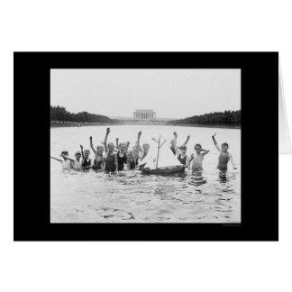 Enfants nageant chez le Lincoln Memorial 1926 Cartes