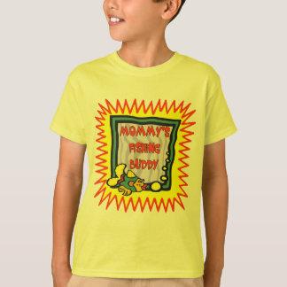 Enfants pêchant des T-shirts et enfants pêchant