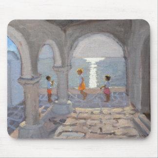 Enfants sautant les îles grecques 2008 tapis de souris
