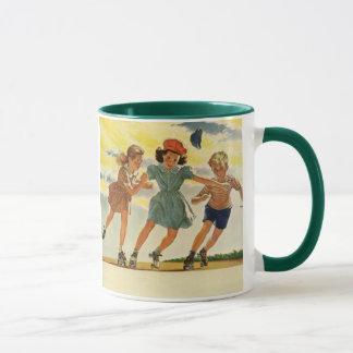Enfants vintages, patinage de rouleau d'amusement mug