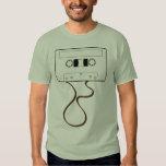 Enregistreur à cassettes déroulé t-shirt