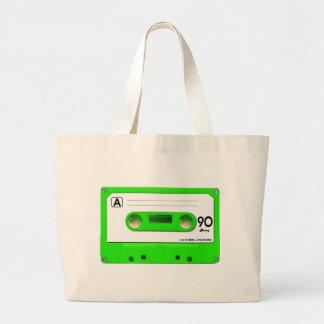 Enregistreur à cassettes vert grand sac