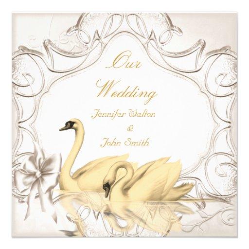 Ensemble blanc d'arc de cygnes de mariage d'or élé invitations personnalisables