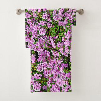 Ensemble de serviette de salle de bains de fleurs