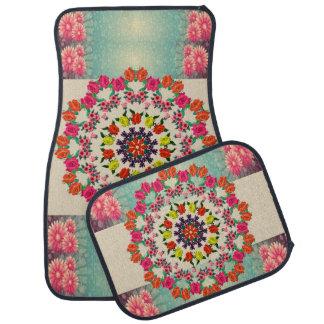 Ensemble floral de mandala coloré de quatre tapis