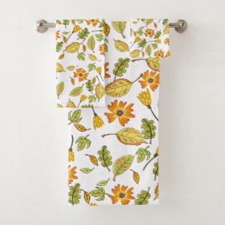 Ensemble floral de serviette de bain de jaune de